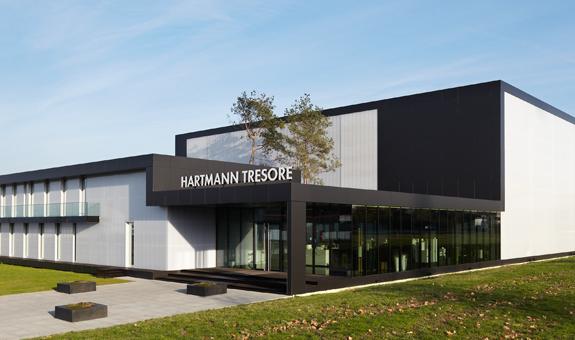 """Sieć """"Saffort"""" handlująca sejfami prezentuje sejfy niemieckiego producenta HARTMANN-TRESORE"""